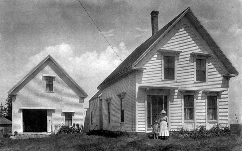 Calderwd home historical bw